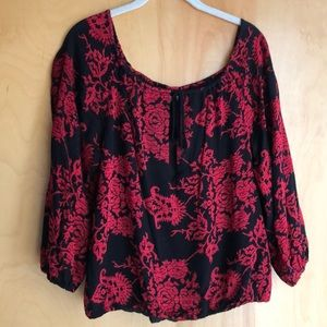 Alice + Olivia black red brocade blouse size XS